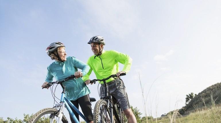 Mountain biking in the countryside